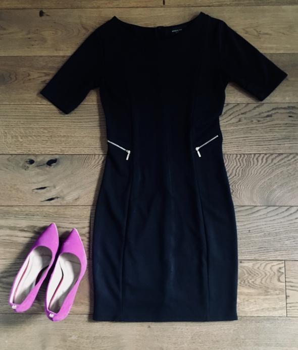 Czarna sukienka Reserved...