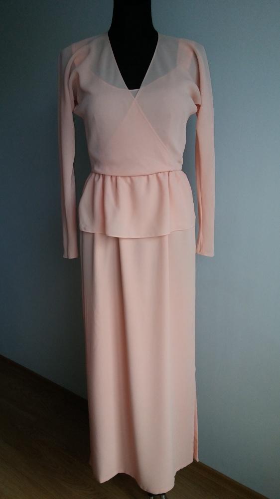 Sukienka kopertowa długa rozcięcia falbanka