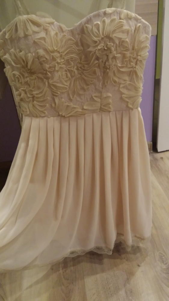 Sukienka gorsetowa koronka