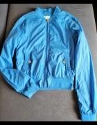Niebieska kurtka...