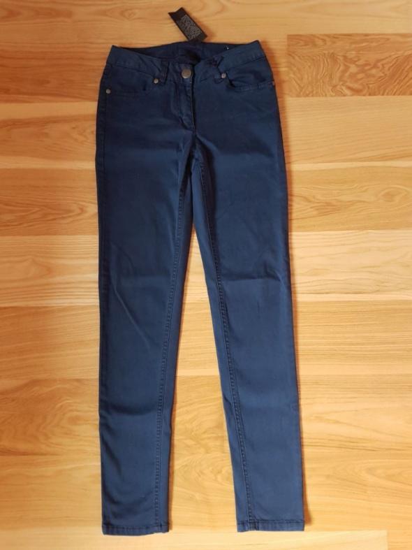 Spodnie cygaretki 34 36...