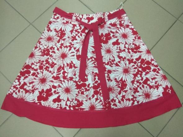 Spódnica czerwono biała New Look 40 L