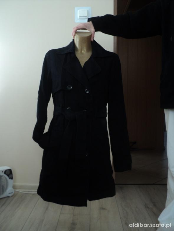 Odzież wierzchnia Wiosenny płaszczyk rozmiar M vila
