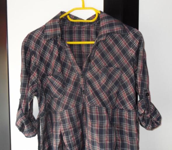 Koszula w kratę tunika