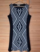 Nowa sukienka mini NAF NAF z azteckim motywem S mała czarna