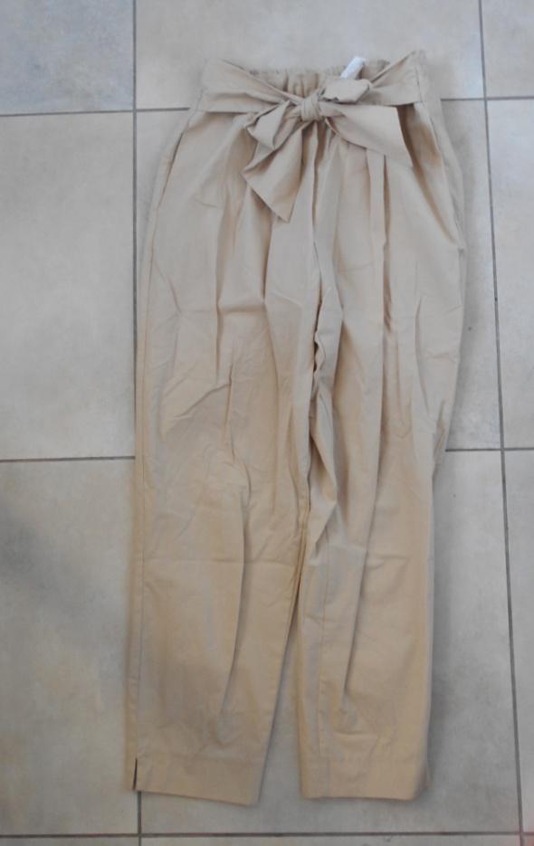 Zara nowe beżowe chinosy paperbag spodnie wiązane kokarda nude...