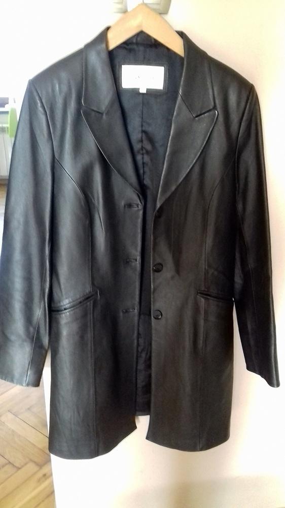 czarny płaszcz ze skóry nowy L XL...