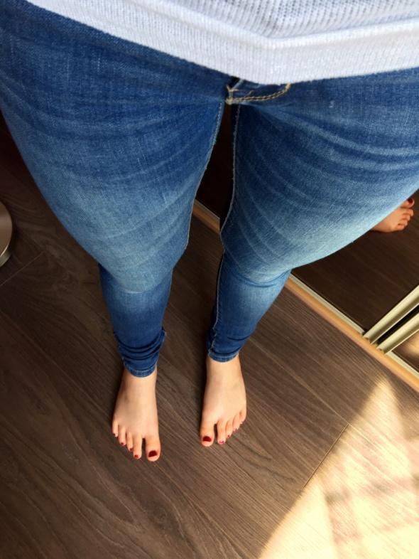 Jeansowe rurki SKINNY XS...