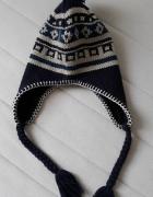 Ciepłe czapki zimowe...