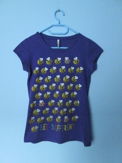 Koszulka Tshirt w pszczółki
