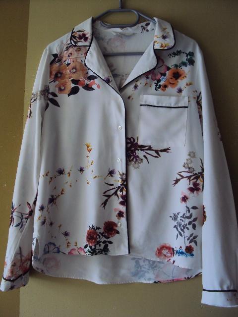 Koszula w kwiatuszki...