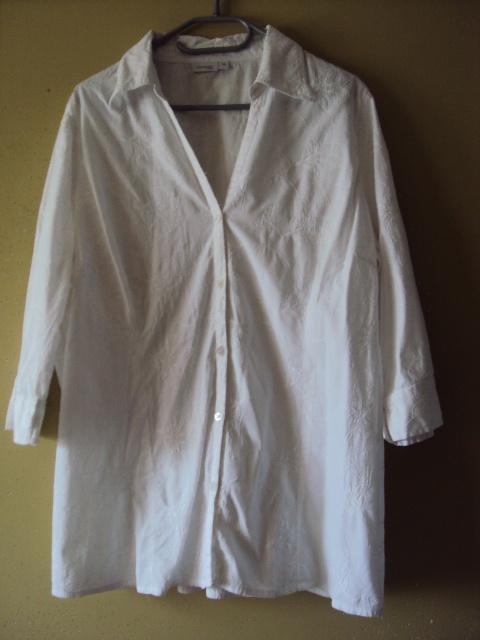 biała bawełniana koszula z haftem...
