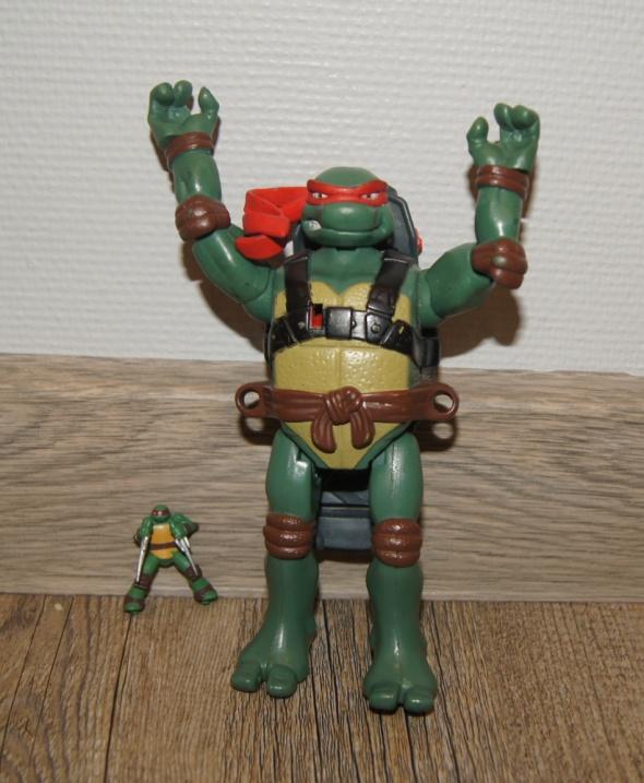 Żółw Ninja figurka...