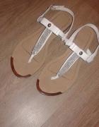 Modne sandały...