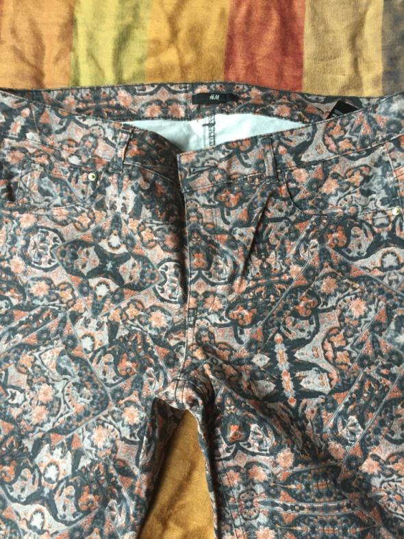 kolorowe spodnie h and m...