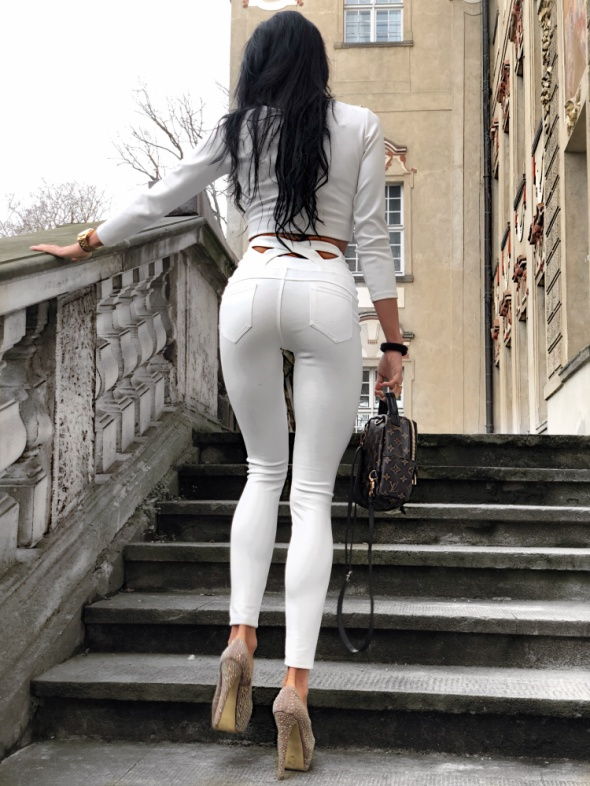 Świetne legginsy z paskami WHITE...