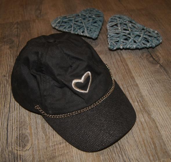 Czapki Czapka czapeczka z daszkiem czerń serce rozm 52