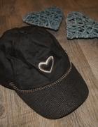 Czapka czapeczka z daszkiem czerń serce rozm 52...