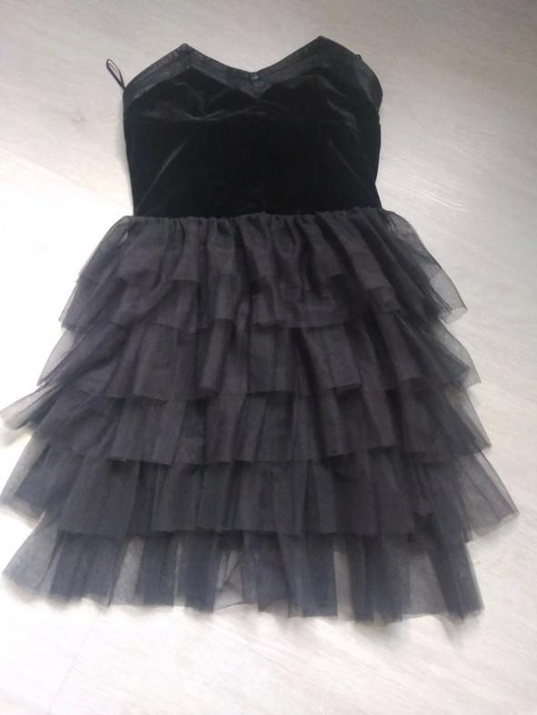 Czarna tiulowa sukienka h&m
