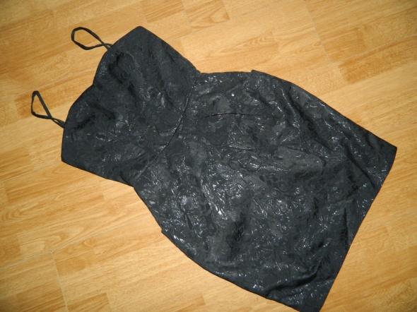 Top Secret sexy mała czarna roz 34...