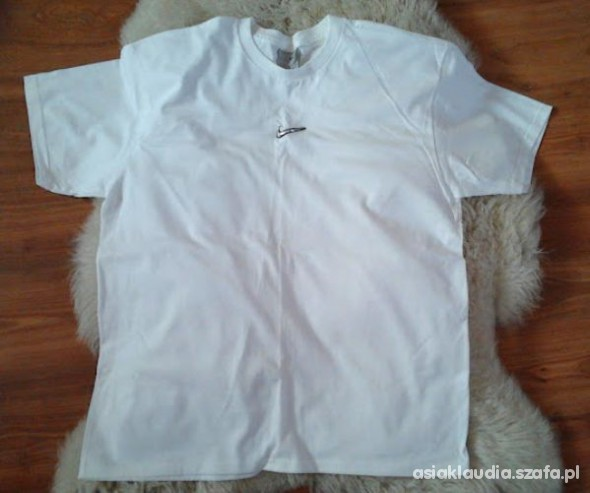 Nowa biała koszulka Nike unisex...