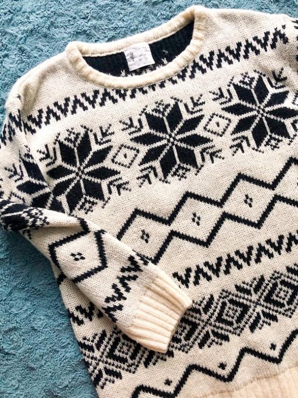 Gruby sweter we wzór norweski bardzo ciepły...