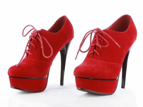Czerwone botki rozmiar 36 szpilki platformy sandałki