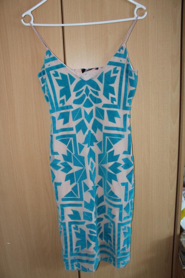 sukienka niebieskie wzory beż nude...