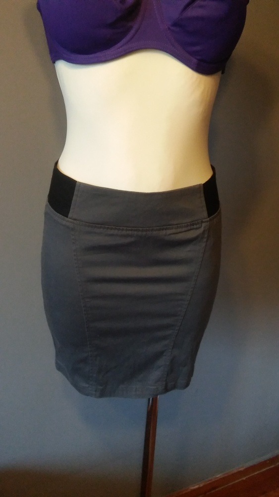 Terranova szara mini spódnica rozmiar XS...