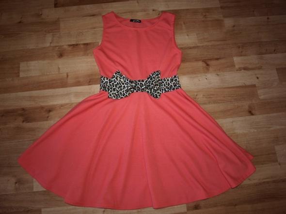 Koralowa sukienka M L