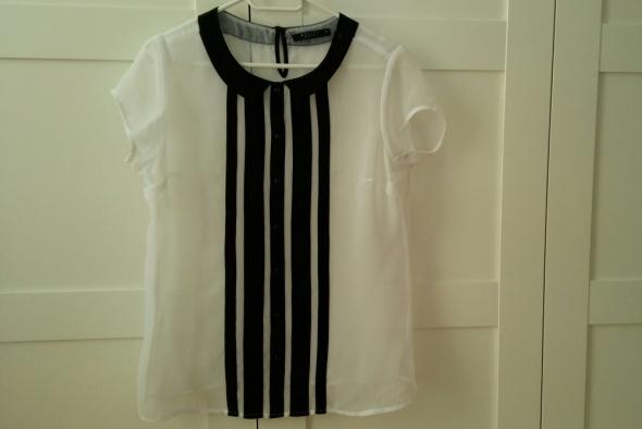 Mohito biała bluzka z czarnymi ozdobnikami...