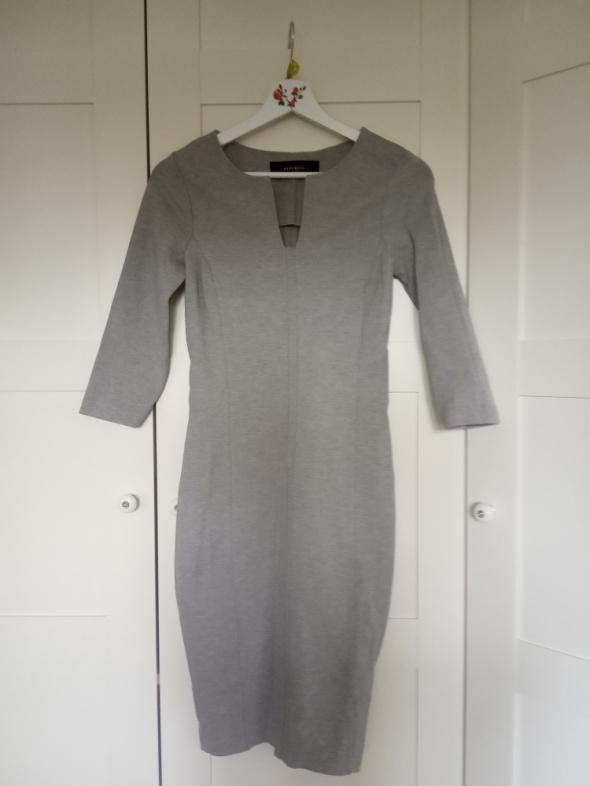 dopasowana ołówkowa sukienka reserved...