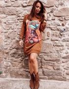 Sukienka bluza print długi rękaw kaptur brąz XS S M L...