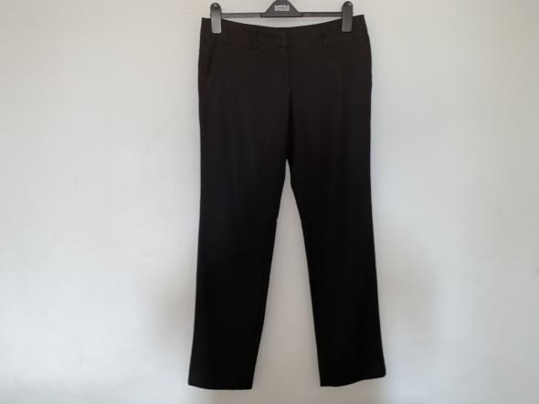 spodnie Tatuum 40...