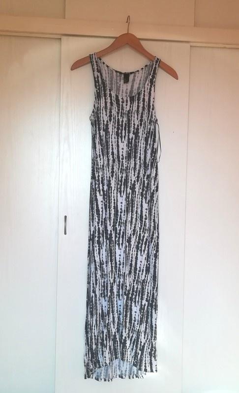 Sukienka maxi H&M...