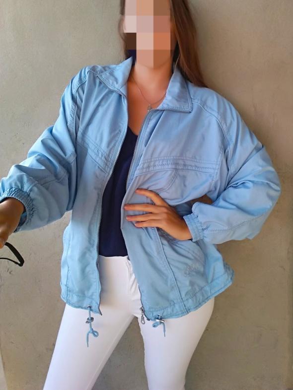 Odzież wierzchnia Błękitna niebieska kurtka baby blue na zamek z kieszeniami oversize vintage modna hit