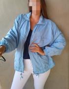 Błękitna niebieska kurtka baby blue na zamek z kieszeniami over...