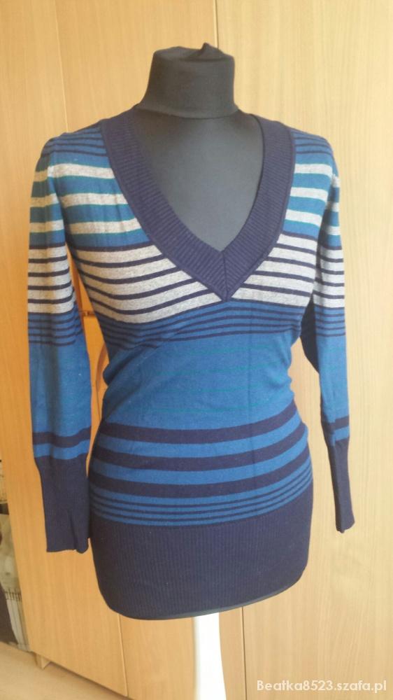Kolorowy długi sweterek
