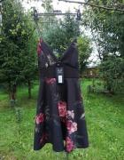 Piękna Sukienka z Metalowymi Ramiączkami AX Paris...