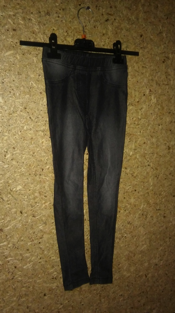 Spodnie i spodenki Szare elastyczne tregginsy rurki skinny 122 128 cm