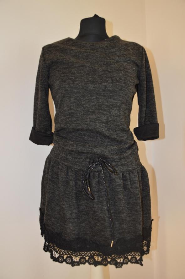 Suknie i sukienki Dzianinowe sukieneczki