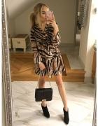 Sukienka tygrys...