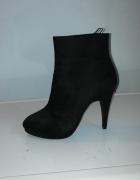 Zamszowe buty H&M na obcasie wysokość za kostkę jak nowe...