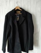 Elegancki nowy płaszcz...