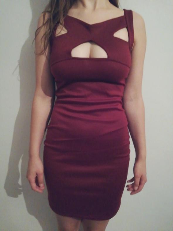 Sukienka bordowa...