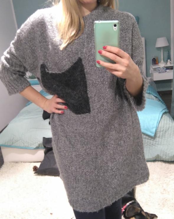 Okazja śliczny gruby oversizowy swetr one size