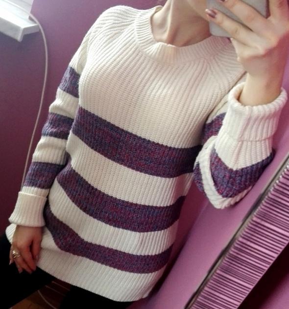 Sweter w paski Atmosphere dłuższy tył rozmiar S M