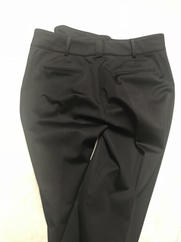 Mango czarne spodnie eleganckie z kieszeniami proste