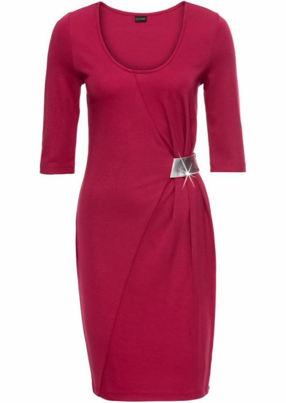 Elegancka czerwona sukienka size 44