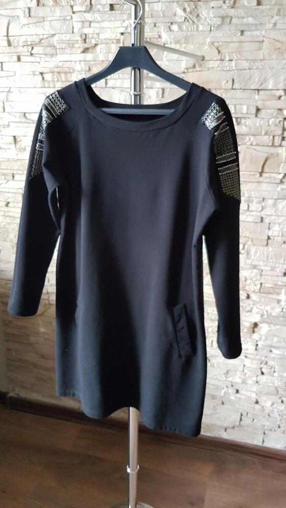 Czarna sukienka tunika...